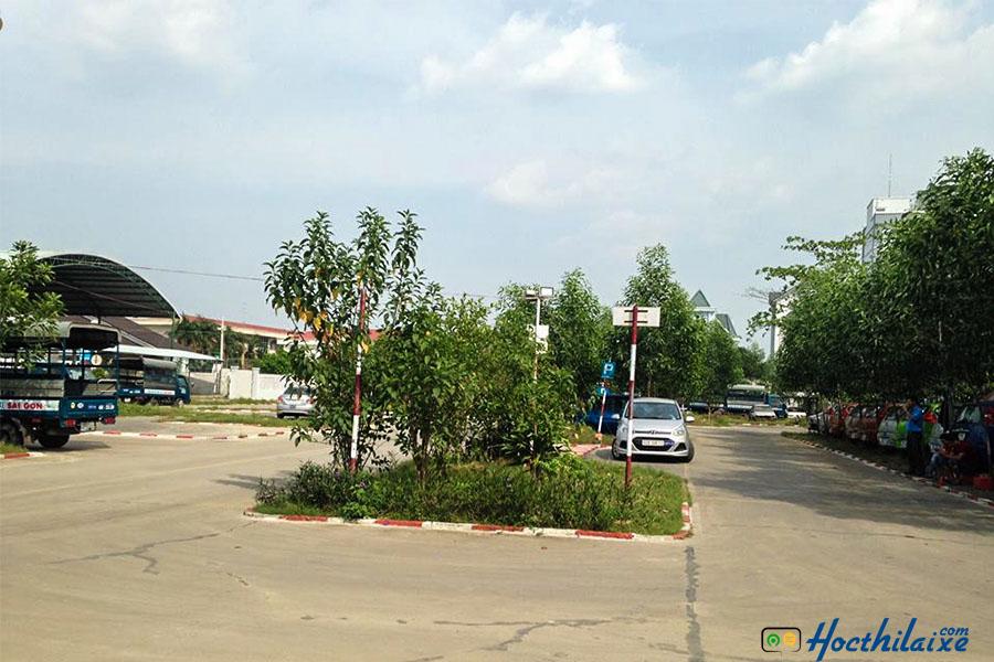 Học thực hành tại Cơ sở đào tạo lái xe Khánh Thành Đạt