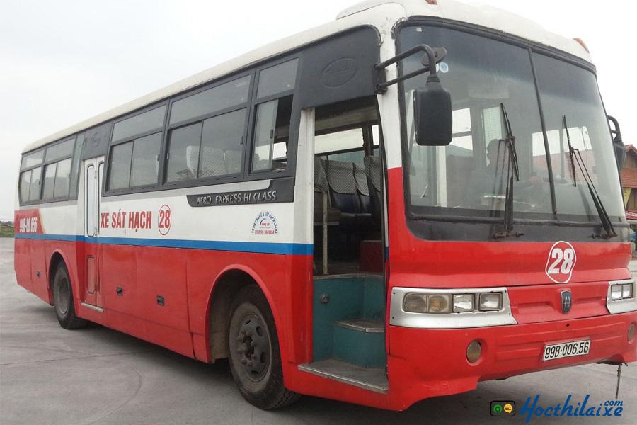 Đào tạo lái xe hạng D, E Hải Nam
