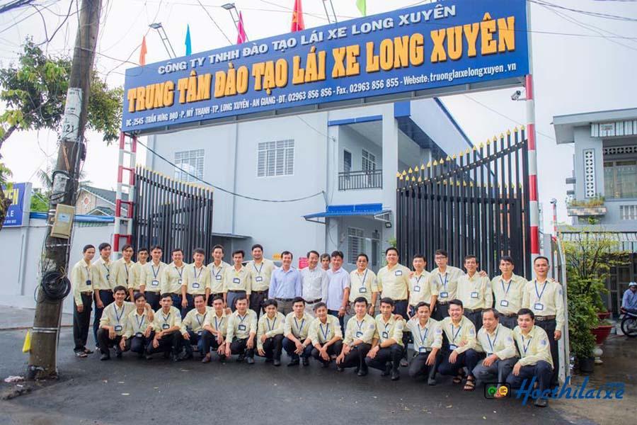 Trung tâm đào tạo lái xe Long Xuyên