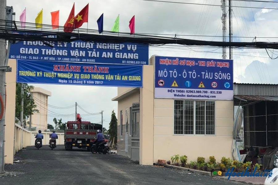 Trường KTNV GTVT An Giang