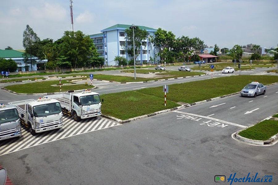 Các khóa học tại trường dạy nghề tư thục lái xe Sài Gòn