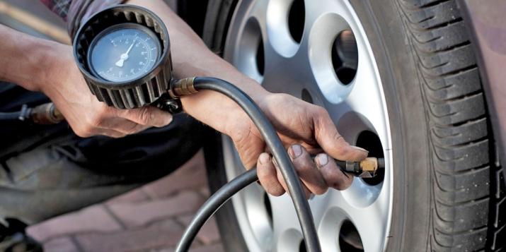 Mẹo tiết kiệm xăng là không để lốp xe non hơi
