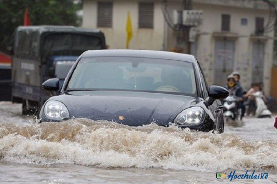 Mua bảo hiểm ô tô dựa trên khu vực sử dụng xe