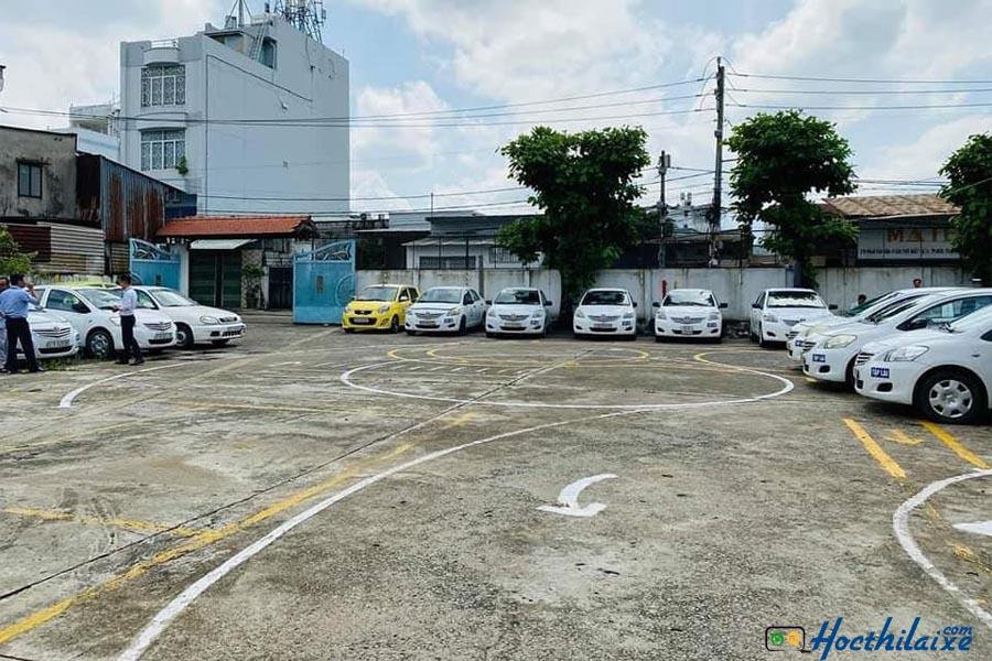 Sân tập lái Trường dạy nghề tư thục lái xe Thăng Long