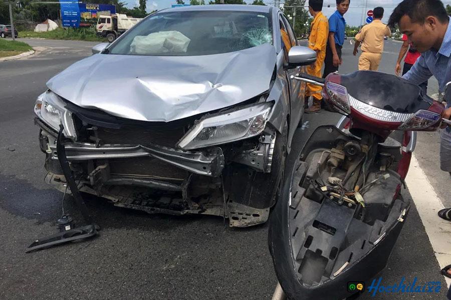 chuyển làn đột ngột không bật xi nhan gây ra tai nạn nghiêm trọng