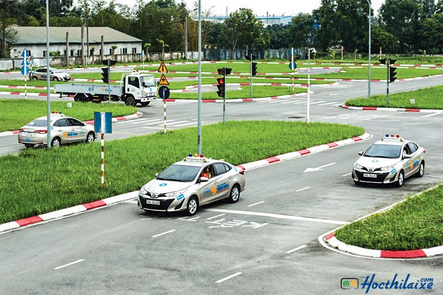 Thời gian học lái xe tại Trung tâm dạy nghề quận Phú Nhuận linh động