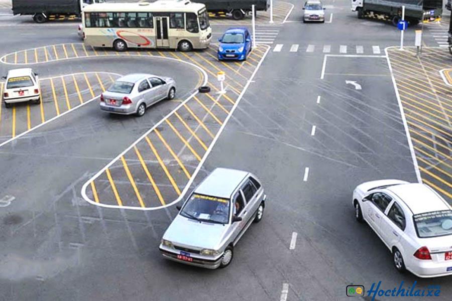 Học phí lái xe ô tô các hạng bằng