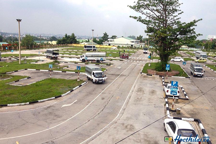 Học thực hành lái xe tại Hải Nam