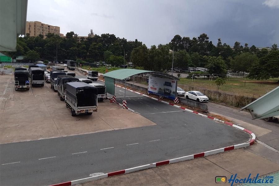 Sân đào tạo lái xe hạng C tại Trung tâm Trường Hải