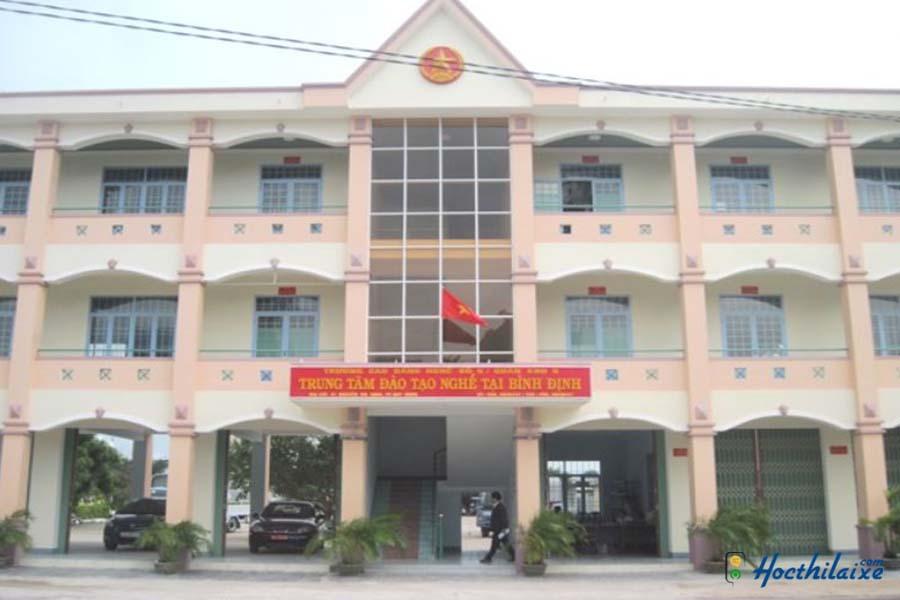 Cổng trường Trung tâm đào tạo nghề tại Bình Định