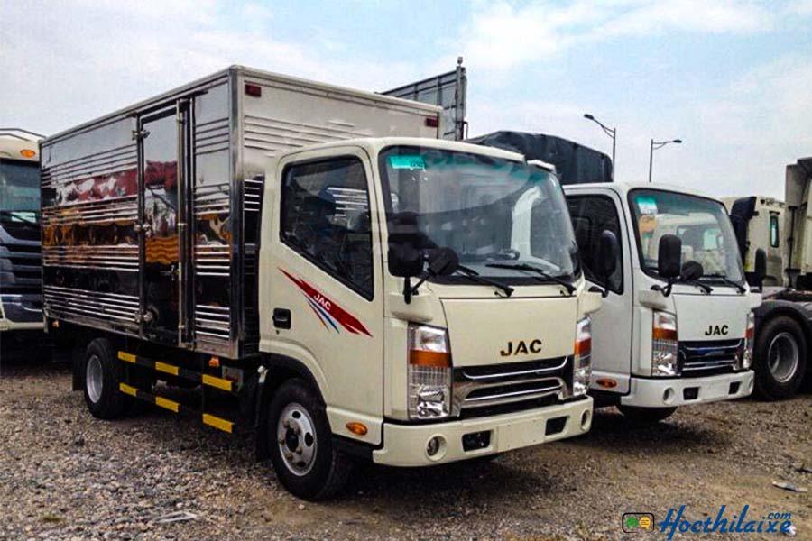 Khóa dạy học lấy bằng lái xe tải hạng C tại 579