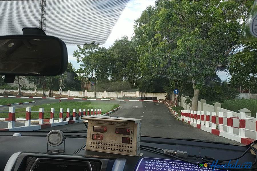 Học lái xe B2 tại Trung tâm dạy nghề Viễn Đông