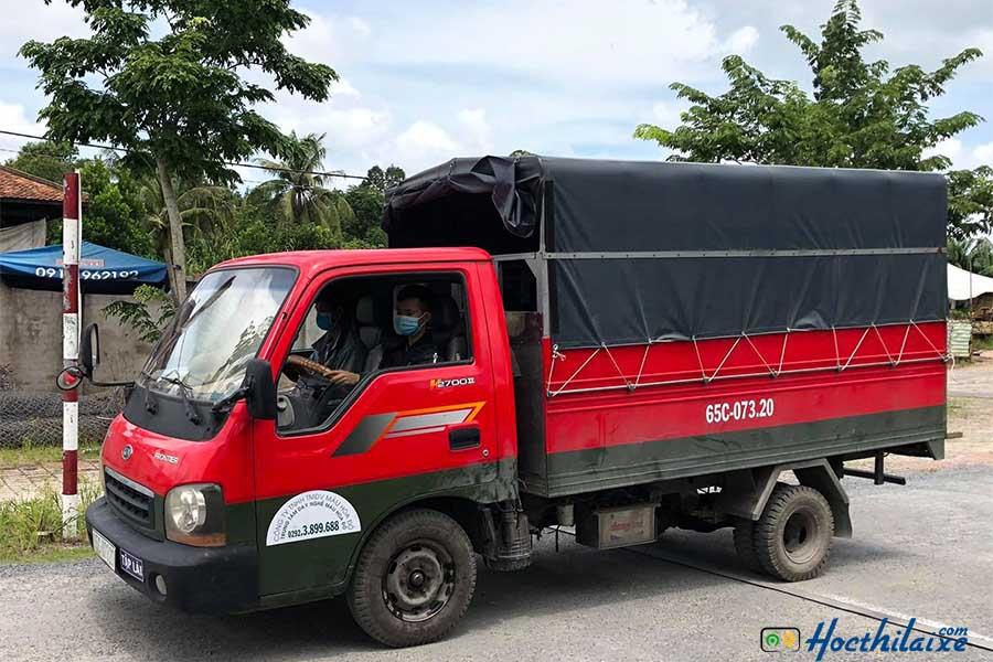 Khóa học lái xe ô tô tải hạng C Màu Hoa Đỏ