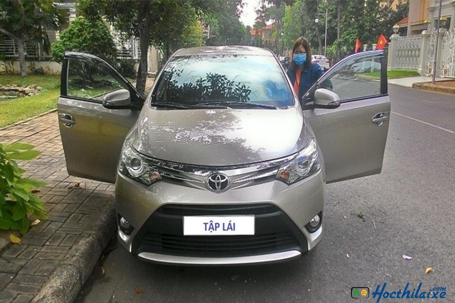 Xe tập lái mới tại TTDN quận Bình Thạnh