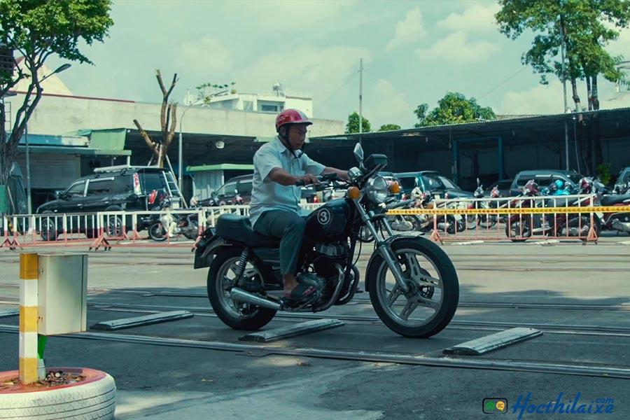 Khóa học lái xe mô tô 2 bánh hạng A2 tại Miền Trung