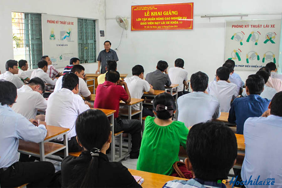 Hồ sơ thủ tục học bằng lái xe nhanh gọn tại Miền Trung
