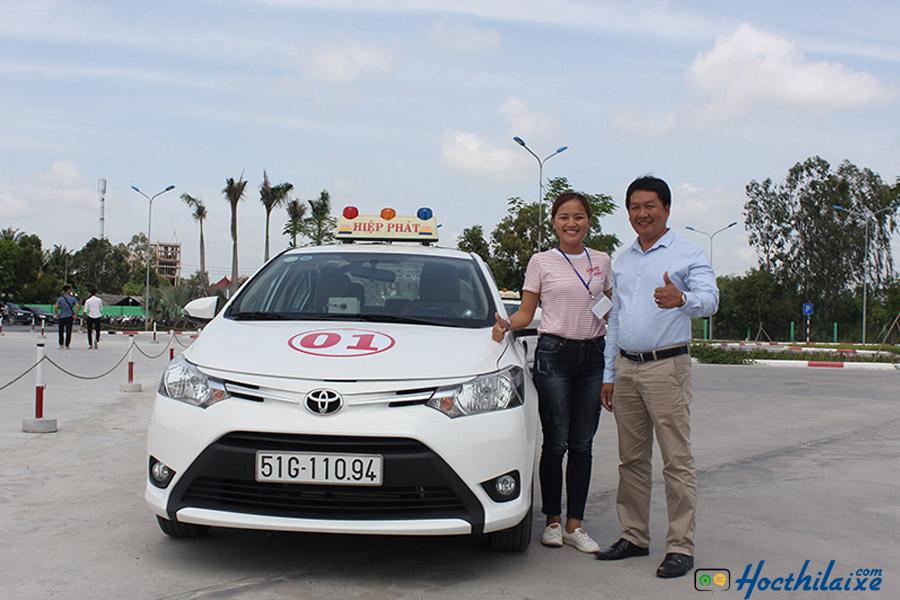 Học viên tập lái tại trung tâm Hiệp Phát với xe mới