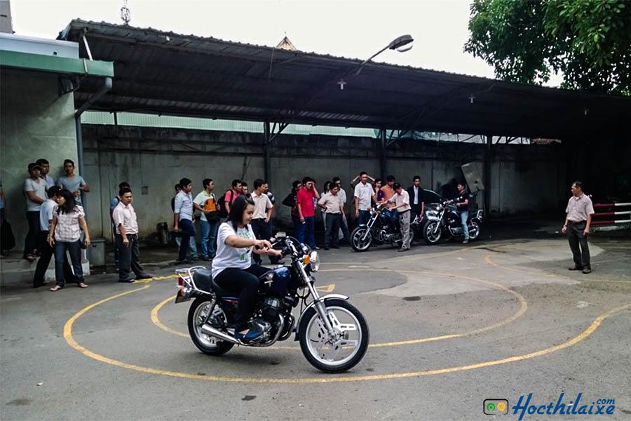 Học lái xe mô tô hạng A2 Mê Kông