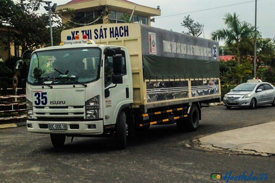 Khóa dạy học bằng lái xe ô tô tải hạng C Trường Cao đẳng nghề KV Long Thành - Nhơn Trạch