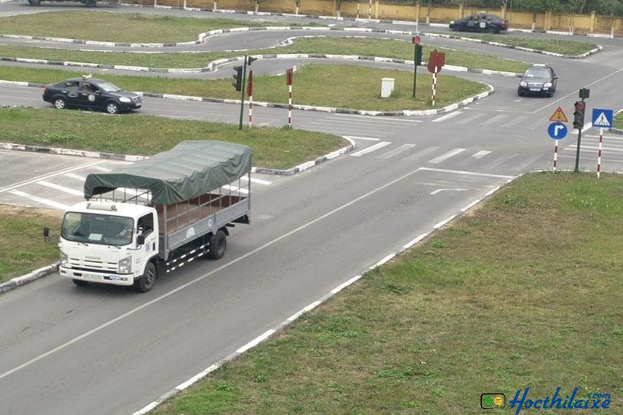 Khóa học lái xe tải hạng bằng C Đồng Tâm