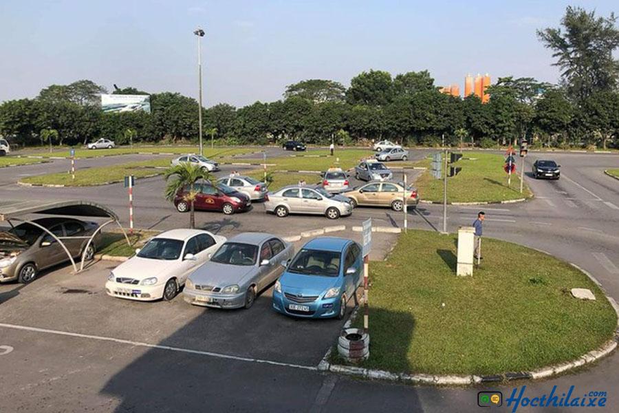 Sân tập lái Trường dạy lái xe Phương Nam