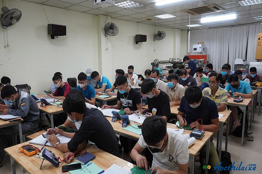 Trung tâm dạy nghề SaigonBus