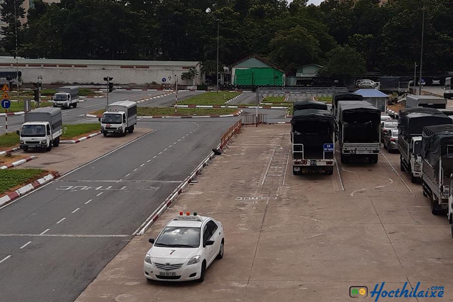 Sân tập lái xe tải