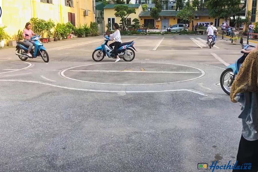Khóa học lái xe máy hạng A1 Cần Thơ