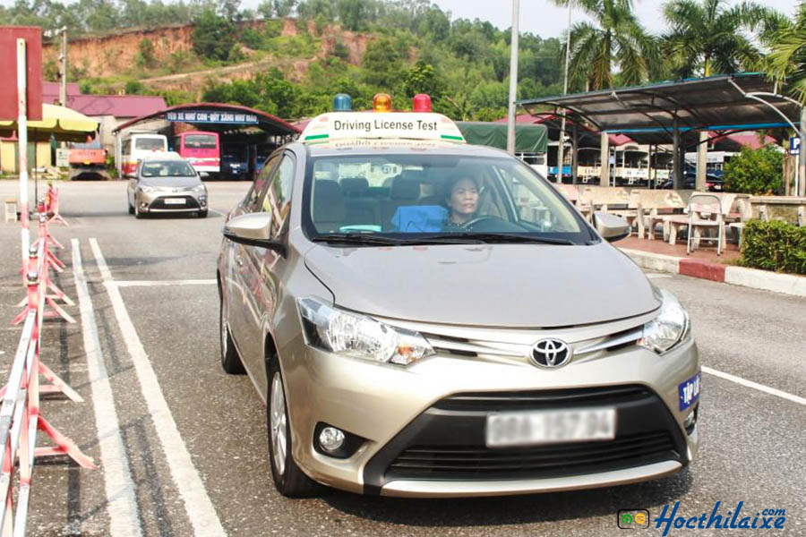 Trường TCN GTCC Hà Nội có dàn xe học, thi mới 100%