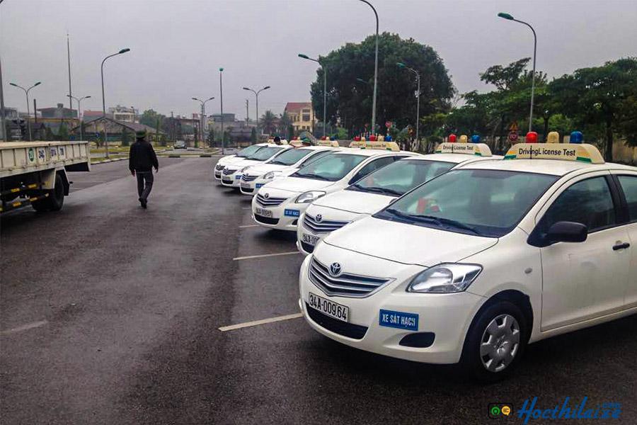 Học bằng lái xe hạng B1 Trường TCN GTVT Đồng Nai