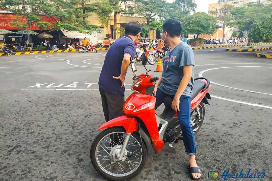 Khóa học đào tạo lái xe máy hạng A1 tại GTCC Đà Nẵng