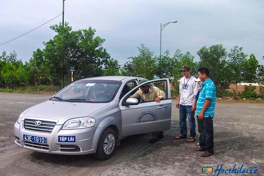 Khóa dạy học bằng lái xe hạng B2 tại GTCC Đà Nẵng
