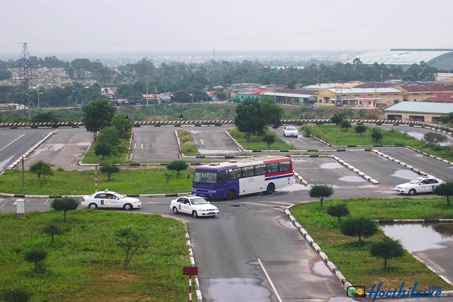 Sân sát hạch lái xe: tại GTCC Đà Nẵng rộng rãi
