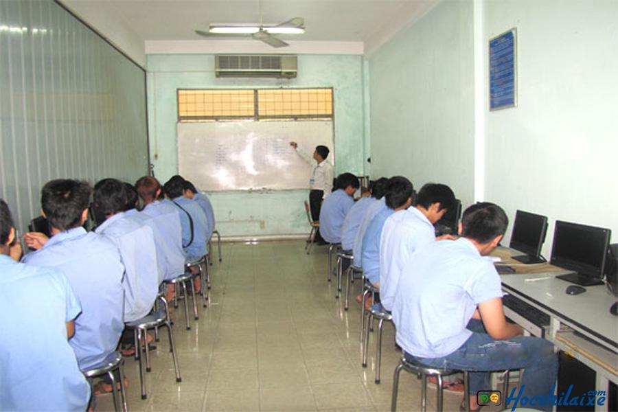 Phòng thực hành lý thuyết Trường Quang Trung