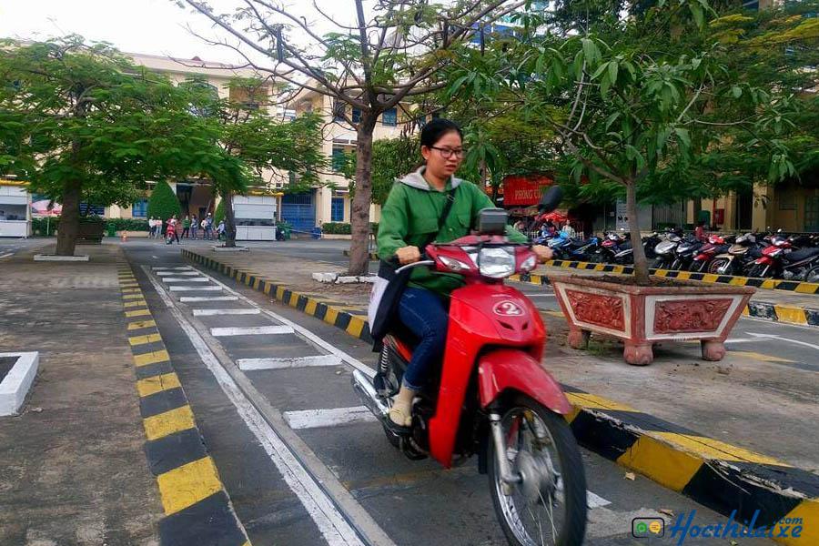Luyện thi sát hạch A1 tại Trường trung cấp nghề Quang Trung