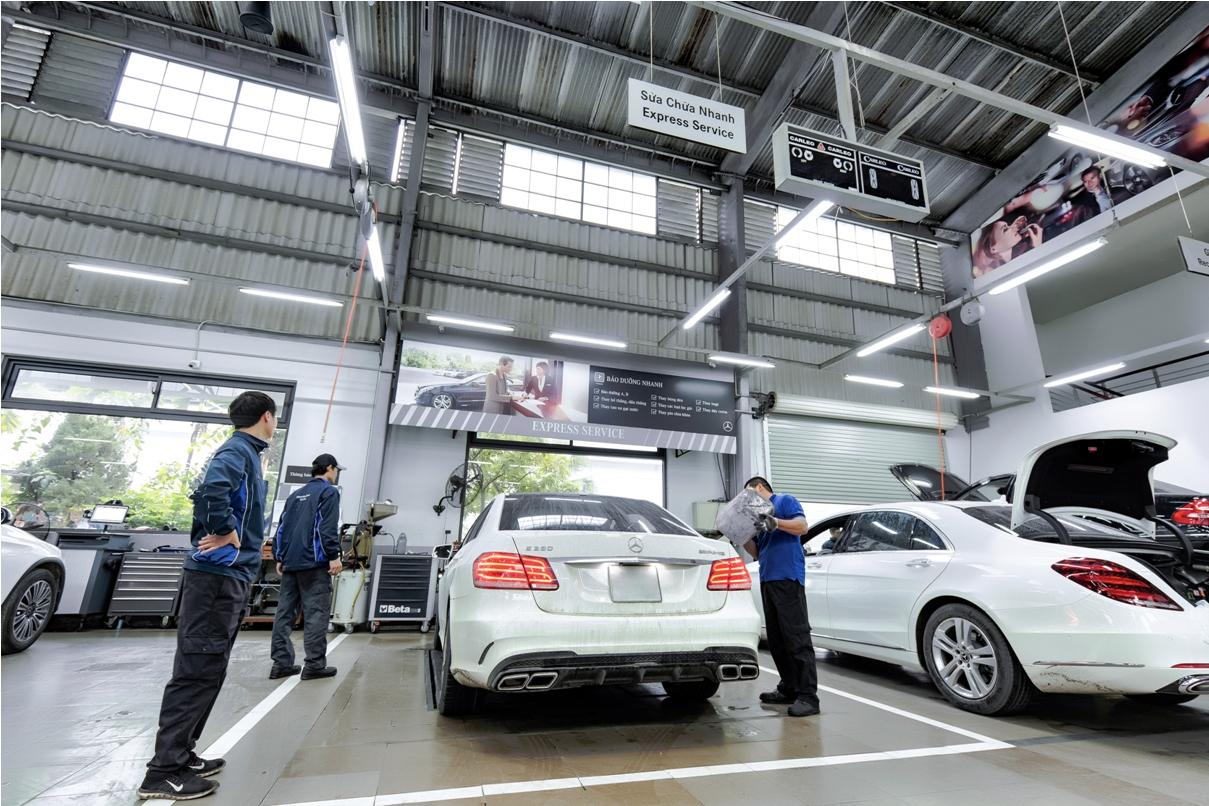 Kiểm tra nước làm mát ô tô - bảo dưỡng xe ô tô định kỳ
