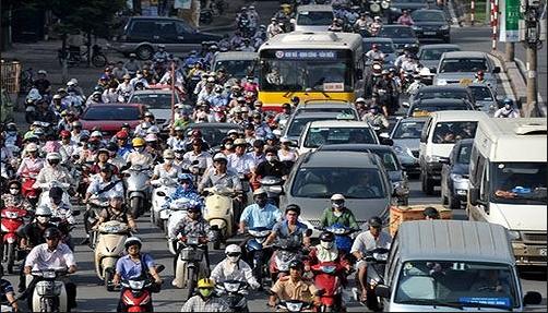 Kinh nghiệm lái xe ô tô trong thành phố cho những tài mới