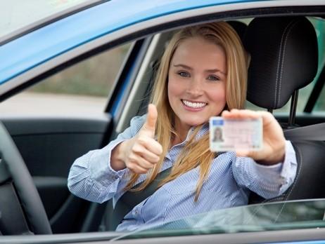 Thi bằng lái xe ở Mỹ bằng tiếng Việt