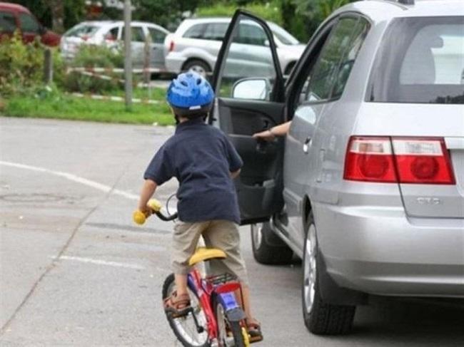 Hướng dẫn lái xe số sàn - chú ý quan sát