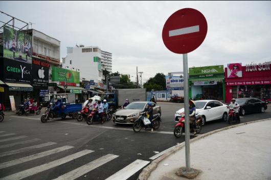 Kinh nghiệm lái xe ô tô trong thành phố giúp bạn lưu thông dễ dàng