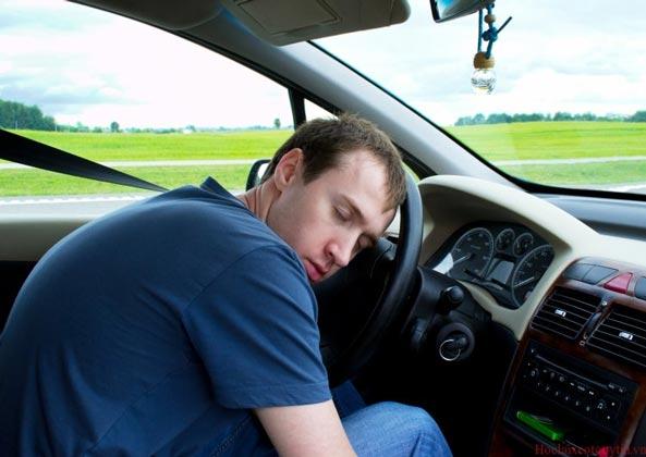 Cách chống ngủ gật khi lái xe - Nguy cơ dễ gây tai nạn cao