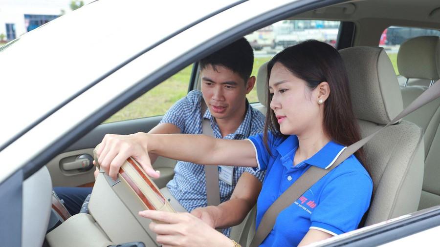 Những điểm nhất định phải lưu ý khi học lái xe ô tô
