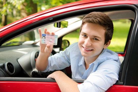 Học lái xe B1 cần làm những gì? - thi bằng lái B1 cần những gì