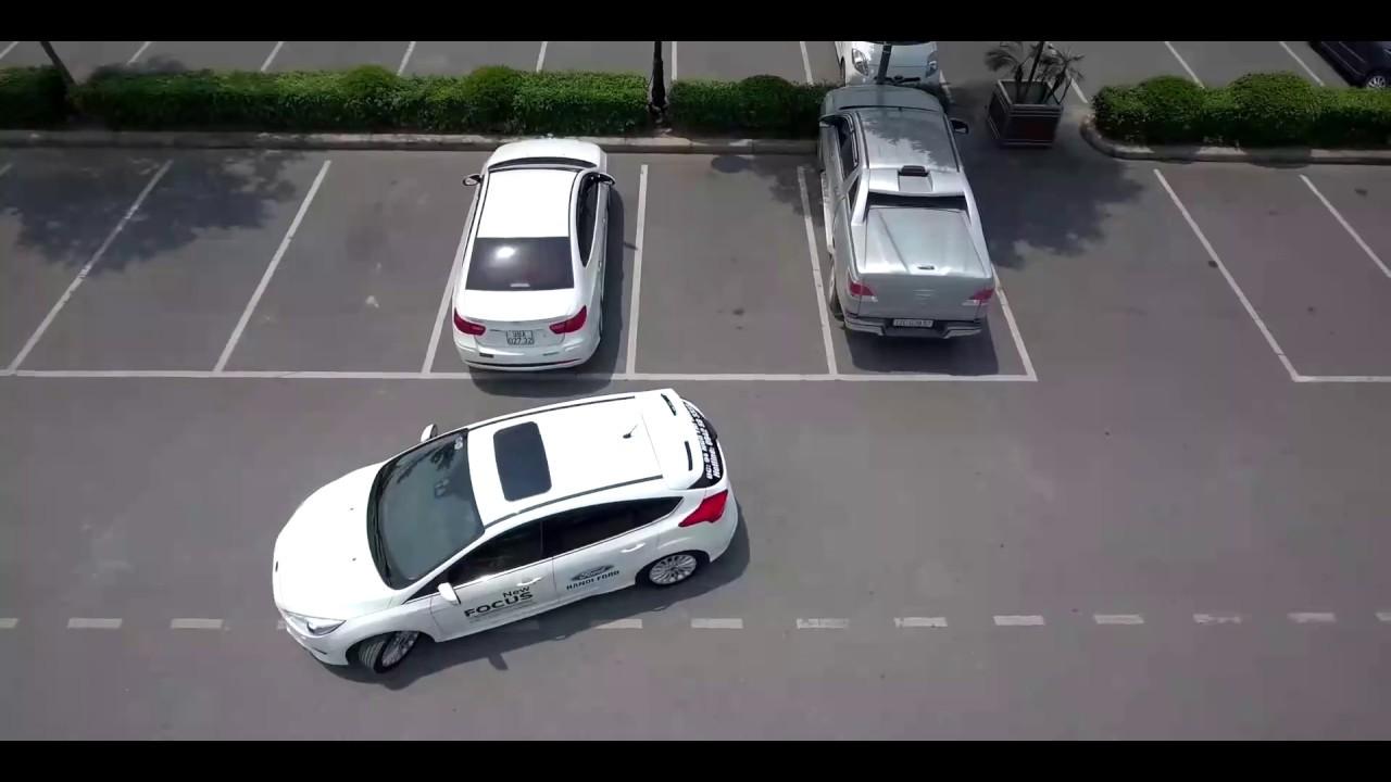 Cố gắng xác định hướng xe - kinh nghiệm lùi xe vào chuồng