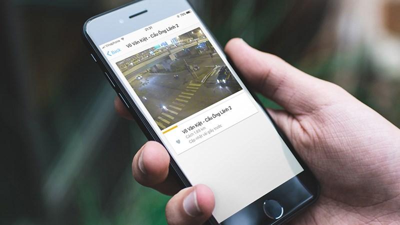 Kinh nghiệm lái xe trên đường cao tốc là hãy nên cập nhật thông tin về giao thông