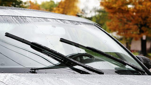 Cần kiểm tra kỹ xe ô tô lâu ngày không sử dụng