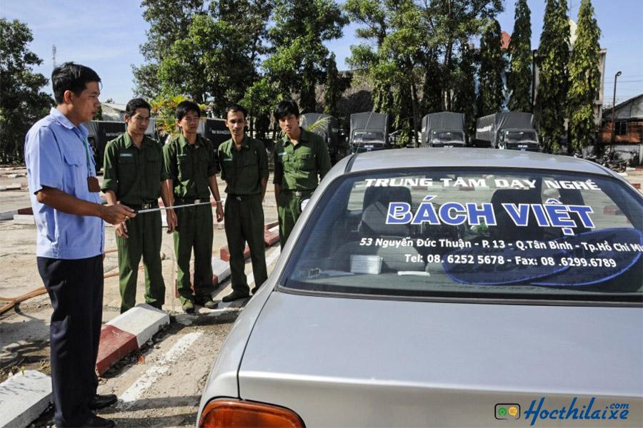 Trường dạy lái xe Bách Việt